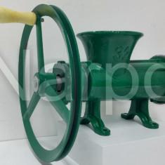 Masina de tocat carne nr 32 fonta manuala Verde cu roata si rulment mare