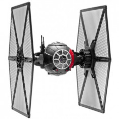 Tie Fighter Built & Play With Light & Sound Rv6751 - Macheta auto Revell