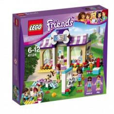 Lego Friends Gradini?a Ca?eilor Din Heartlake L41124