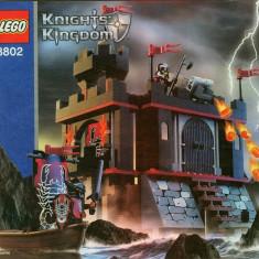 LEGO 8802 Dark Fortress Landing