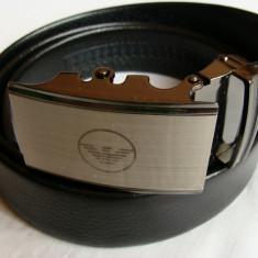 Curea G A negru pentru pantaloni, blugi, catarama metalica argintie model nou - Curea Barbati Giorgio Armani, Marime: Marime universala, curea si catarama