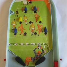 Joc romanesc fotbal flipper din plastic fabricat in anii 80 - Joc colectie