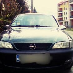 Opel Astra B, An Fabricatie: 1998, Benzina, 200000 km, 2000 cmc