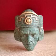 SCLUPTURA ART-DECO PE PIATRA DE MOZAIC CAP DE MAIAS - Sculptura, America Latina