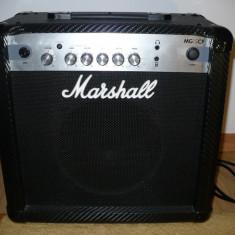 Amplificator de chitara Marshall MG 15 CF de 15 W - Amplificator Chitara