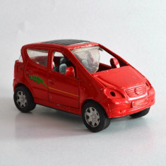 Macheta / jucarie masinuta metal, made in China cu motoras mecanic, 8cm #268 - Macheta auto Alta, 1:64