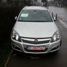 Opel Astra H Station Wagon 2010, Motorina/Diesel, 218000 km, 1686 cmc