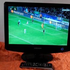 TV LCD SAMSUNG 19 INCH + TELECOMANDA ORIGINALA SAMSUNG - Televizor LCD Samsung, 56 cm, HD Ready, HDMI: 1, Intrare RF: 1, VGA: 1
