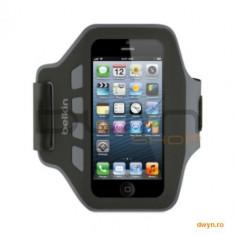 Husa armband pentru iPhone 5, Slim Fit, Neopren, Negru cu gri, F8W299vfC00 - Husa Telefon Belkin, iPhone 5/5S/SE