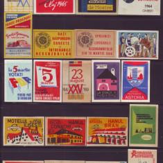 Colectie 63 etichete chibrituri romanesti din perioada 1940-1975