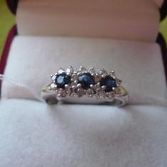 LICHIDEZ COLECTIE-INEL CU BRILLIANTE SI SAPHIRE NATURALE - Inel diamant, Carataj aur: 18k, Culoare: Alb