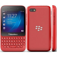 Blackberry Q5 8Gb 4G LTE Rosu - Telefon mobil Blackberry Q5