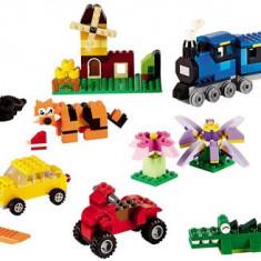 LEGO® Classic Cutie medie de constructie creativa 10696