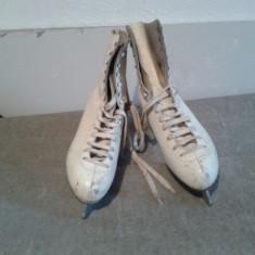 Patina de gheata Adidas - Patine, Marime: 38