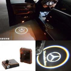 Proiectoare Logo Holograma cu sigla Mercedes-Benz dedicat pentru Mercedes Benz Clasa C - Embleme auto