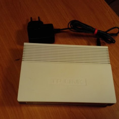 Router - Switch TP-Link TL-R860, Porturi LAN: 8, Porturi WAN: 1