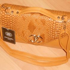 GENTI FIRMA DOUA COMPARTIMENTE/LOGO AURIU /MODEL NOU - Geanta Dama Chanel, Culoare: Coniac, Marime: One size
