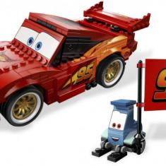 LEGO 8484 Ultimate Build Lightning McQueen - LEGO Classic
