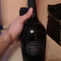 Grand Siecle Laurent-Perrier Sampanie