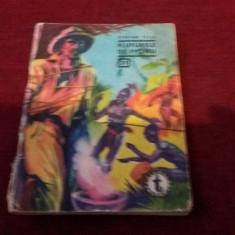 CLUBUL TEMERARILOR STEFAN TITA - FLUTURELE DE IVORIU - Carte politiste