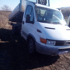Vand iveco daily - Utilitare auto PilotOn