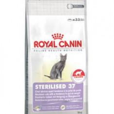 Royal Canin Sterilised 37, 4kg - Hrana pisici