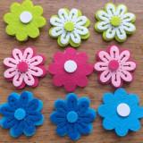 Set 9 flori de fetru cu sistem de lipire