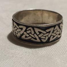 Inel argint CELTIC vechi Lat Splendid de Efect Vintage executat manual Superb