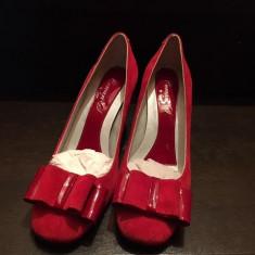Pantofi rosii noi piele intoarsa marimea 38 - Pantof dama, Culoare: Rosu