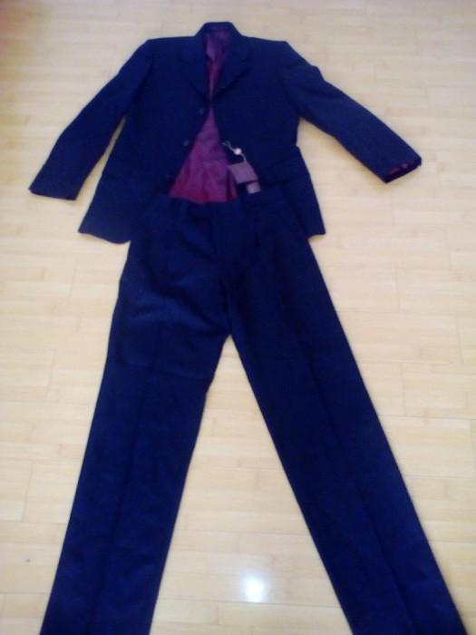 Costum nou barbatesc ,masura 44 = foto mare
