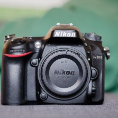 Nikon D7100 body, pachet complet, in garantie - Aparat Foto Nikon D7000, Body (doar corp)
