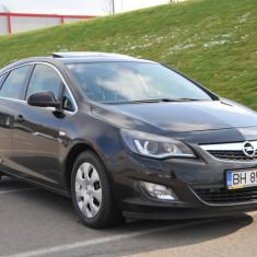 Opel Astra J 2.0 160 cp, CDTI Xenon, Navi, Trapa, Full, An Fabricatie: 2010, Motorina/Diesel, 189000 km, 1956 cmc