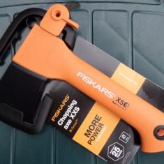 Topor Fiskars X5 Chopping Axe XXS, model nou, 25 ani garantie