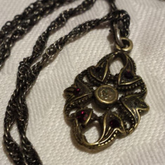 Medalion argint cu granate VECHI Finut Splendid Elegant VINTAGE pe Lant argint