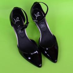 ELEGANTI SI FINUTI PANTOFI DAMA DIN PIELE LACUITA IR, NUMAR 37 - Pantof dama, Culoare: Negru, Piele naturala