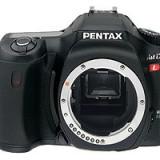 Resigilat : Camera foto PENTAX IST