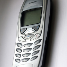 NOKIA 6310I ARGINTIU RECONDITIONAT - Telefon Nokia