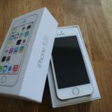 iPhone 5S Apple auriu / gold / impecabil in cutie / 16GB + bonus folie sticla fata si spate, 8GB