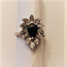 Inel din argint cu safir si 12 diamante, - Inel argint