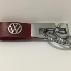 Breloc VW piele naturala rosie - Breloc Auto Volkswagen