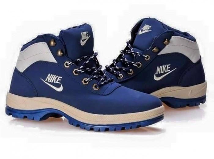Bocanci Nike Barbati-Dama Mandara iarna Perfecti foto mare