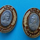 Lot de două insigne cu Mihai Eminescu  SNR
