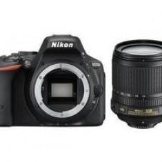 Kit aparat foto Nikon D5500 (obiectiv 18-105 VR), negru