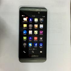 Blackberry Z10 impecabil - Telefon mobil Blackberry Z10, Negru, Neblocat