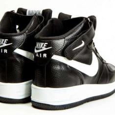 Ghete Nike Air Force 1 Negru Alb Dama-Barbati toate marimile UNISEX - Ghete dama, Marime: 36, 37, 38, 39, 40, 41, 42, 43, 44, Piele sintetica