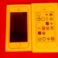 iPhone 5S Apple 16 gb neverlock, Argintiu, Neblocat