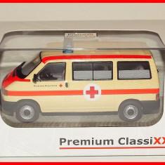 VOLKSWAGEN T4 AMBULANTA (scara 1/43) PREMIUM CLASSIXXS - Macheta auto