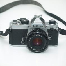 Nikon FM - Aparat Foto cu Film Nikon
