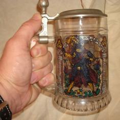 Halba bere germana, sticla si capac zinc, desen cavaleri medievali/colectie, Cristal/Sticla