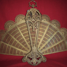 Paravan antiscanteie semineu tip evantaidin bronz  61x80 cm